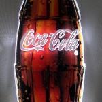 Display Garrafa Coca-Cola Suada